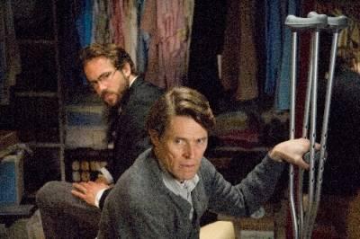Willem Dafoe (Charles Waechter) en Ryan Reynolds (Michael Waechter)