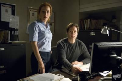 Gillian Anderson (Dana Scully) en David Duchovny (Fox Mulder)