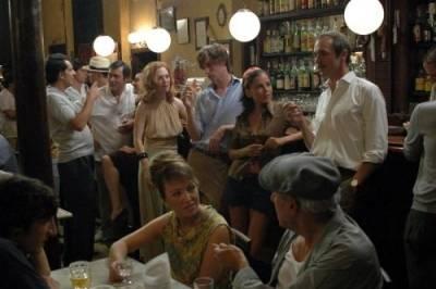 Julianne Moore (Barbara Baekeland) en Eddie Redmayne (Tony Baekeland)
