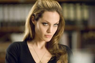 Angelina Jolie (Fox)
