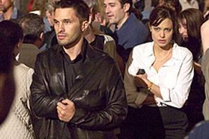 Angelina Jolie (Illeana) en Olivier Martinez (Paquette)