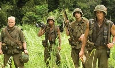 Jack Black (Jeff Portnoy), Robert Downey Jr. (Kirk Lazarus) en Ben Stiller (Tugg Speedman)
