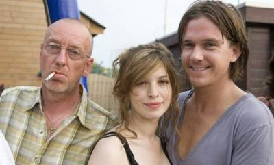Johnny de Mol (Sjef), Tara Elders (Zoë) en Ton Kas (Nico)