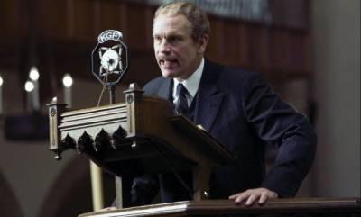 John Malkovich (Reverend Briegleb)