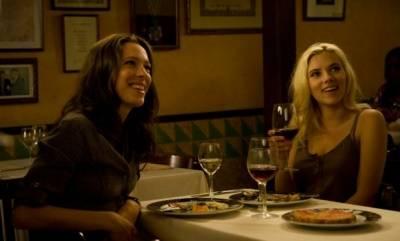 Rebecca Hall (Vicky) en Scarlett Johansson (Cristina)