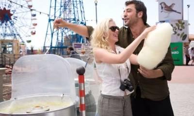 Scarlett Johansson (Cristina) en Javier Bardem (Juan Antonio)