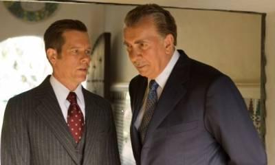 Kevin Bacon (Jack Brennan) en Frank Langella (Richard Nixon)