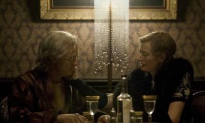 Brad Pitt (Benjamin Button) en Tilda Swinton (Elizabeth Abbott)