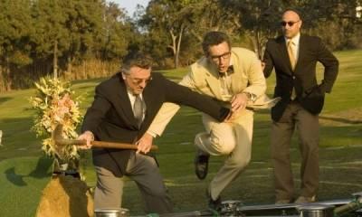 Robert De Niro (Ben) en John Turturro (Dick Bell)