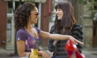 Mary Elizabeth Winstead (Lauryn) en Tessa Thompson (Dana)