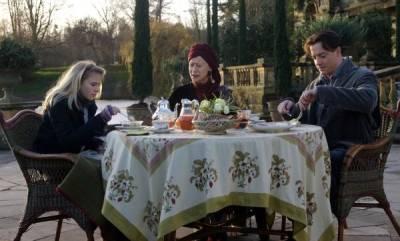 Brendan Fraser (Mo 'Silvertongue' Folchart)