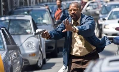 Denzel Washington (Walter Garber) in The Taking of Pelham 1 2 3