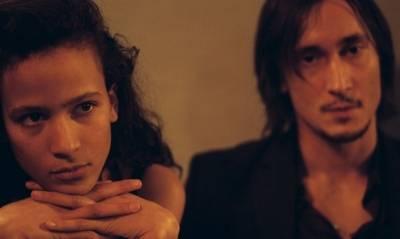Grégoire Colin (Noé) en Mati Diop (Joséphine)