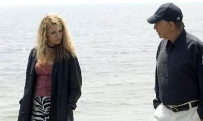Alan Arkin (Herb Lee) en Blake Lively (Young Pippa)