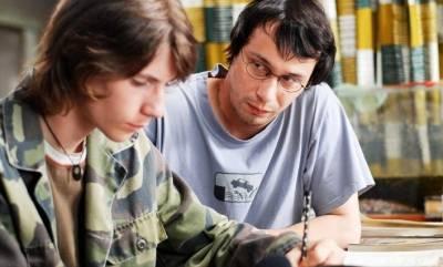 Pavel Liska (Teacher) en Ladislav Sedivý (Boy)