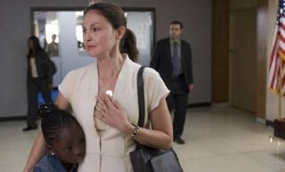 Ashley Judd (Denise Frankel)