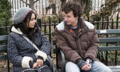 Gaelan Connell (Will Burton) en Vanessa Hudgens (Sa5m)
