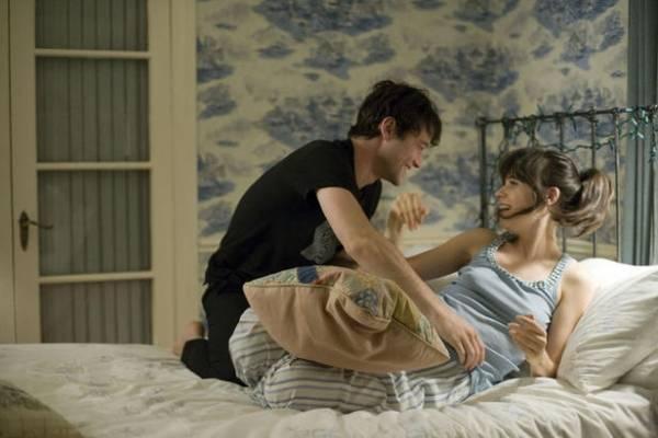Zooey Deschanel (Summer) en Joseph Gordon-Levitt (Tom)