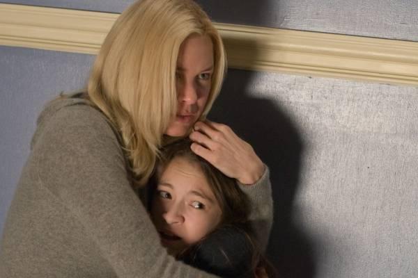 Jodelle Ferland (Lillith Sullivan) en Renée Zellweger (Emily Jenkins)