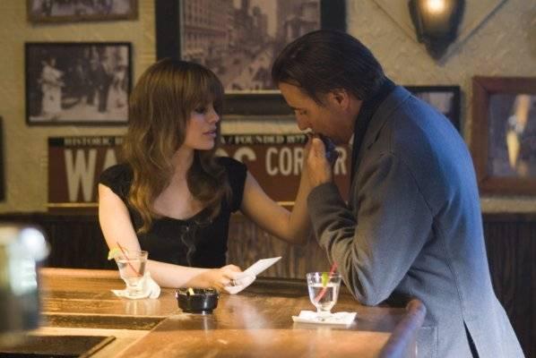 """Rachel Bilson (Molly (segment """"Jiang Wen"""")) en Andy Garcia (Garry (segment """"Jiang Wen""""))"""