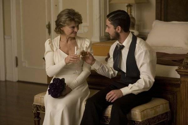 """Julie Christie (Isabelle (segment """"Shekhar Kapur"""")) en Shia LaBeouf (Jacob (segment """"Shekhar Kapur""""))"""