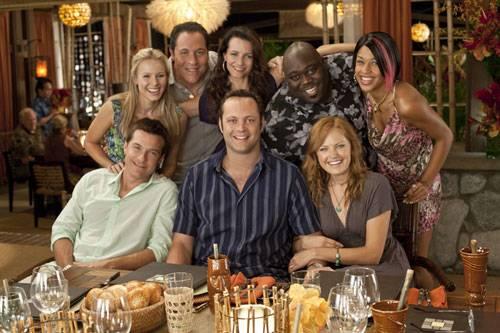 Malin Akerman (Ronnie), Jason Bateman (Jason), Kristen Bell (Cynthia), Kristin Davis (Lucy), Jon Favreau (Joey), Kali Hawk (Trudy), Faizon Love (Shane) en Vince Vaughn (Dave)