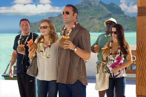 Malin Akerman (Ronnie), Kristin Davis (Lucy), Jon Favreau (Joey), Faizon Love (Shane) en Vince Vaughn (Dave)