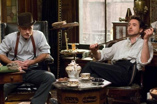 Robert Downey Jr. (Sherlock Holmes) en Jude Law (Dr. John Watson)
