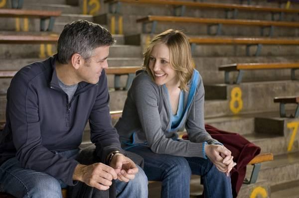 George Clooney (Ryan Bingham) en Vera Farmiga (Alex Goran)