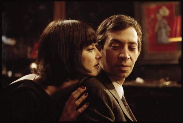 Eric Elmosnino (Serge Gainsbourg) en Lucy Gordon (Jane Birkin)