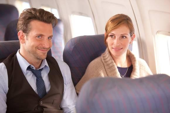 Bradley Cooper (Holden) en Julia Roberts (Kate)
