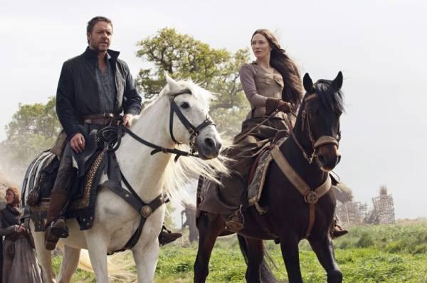 Cate Blanchett (Marion Loxley) en Russell Crowe (Robin Longstride) in Robin Hood (2010)