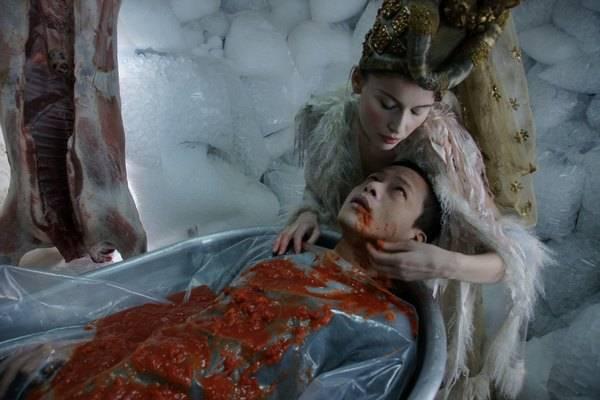 Laetitia Casta (The Star / Salomé) en Kang-sheng Lee (Kang, the director)
