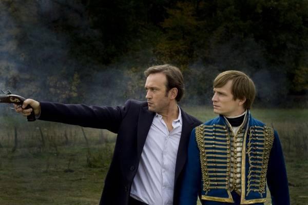 Vincent Perez (Mathieu) en Jérémie Renier (Paul) in Demain dès l'aube