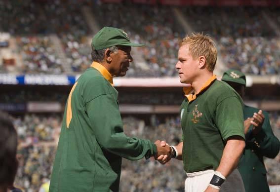 Matt Damon (Francois Pienaar) en Morgan Freeman (Nelson Mandela)