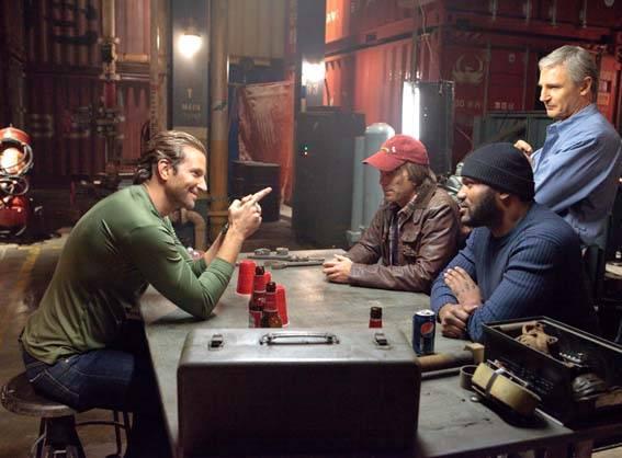 Quinton 'Rampage' Jackson (Cpl. Bosco 'B.A.' Baracus), Bradley Cooper (Lt. Templeton 'Faceman' Peck), Sharlto Copley (Murdock) en Liam Neeson (Col. John 'Hannibal' Smith)