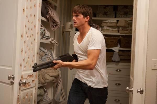 Ashton Kutcher (Spencer Aimes)