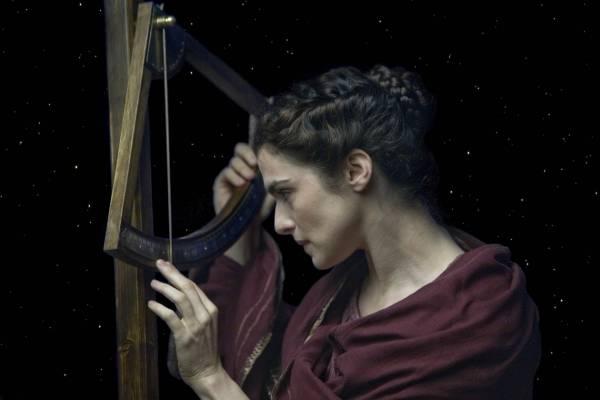 Rachel Weisz (Hypatia)
