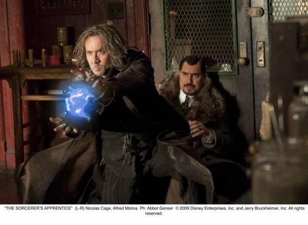 Nicolas Cage (Balthazar Blake) en Alfred Molina (Maxim Horvath)