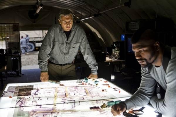 Quinton 'Rampage' Jackson (Cpl. Bosco 'B.A.' Baracus) en Liam Neeson (Col. John 'Hannibal' Smith)