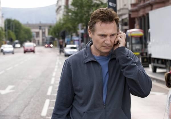 Liam Neeson (Alistair Little)