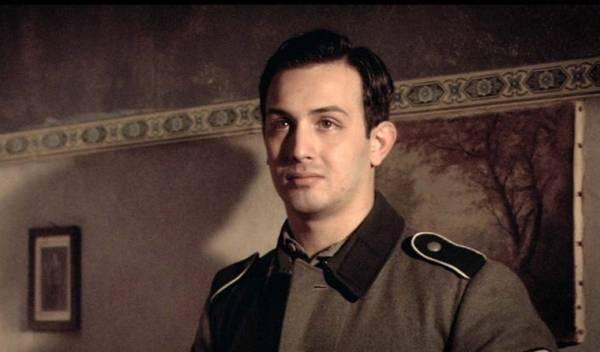 Grégory Barboza (Hans)