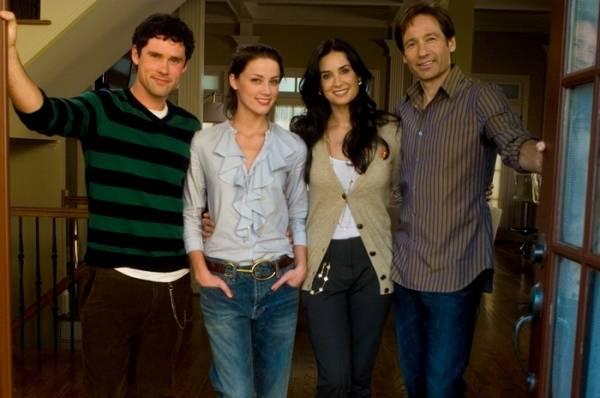 David Duchovny (Steve), Amber Heard (Jenn), Ben Hollingsworth (Mick Jones) en Demi Moore (Kate)