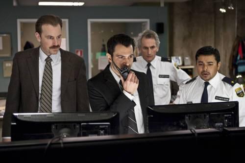 Matt Craven, Chris Messina (Bowden), Joshua Peace (Detective Markowitz) en Jacob Vargas
