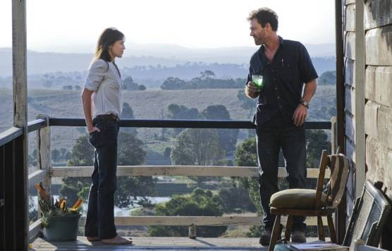 Marton Csokas (George Elrick - a plumber who falls for Dawn) en Morgana Davies (Simone O'Neil - Dawn's 8-year-old daughter who believes her dad still lives in a fig tree)