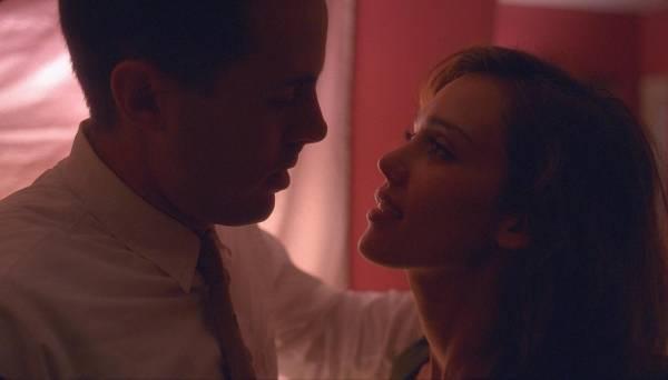 Casey Affleck (Lou Ford) en Jessica Alba (Joyce Lakeland)