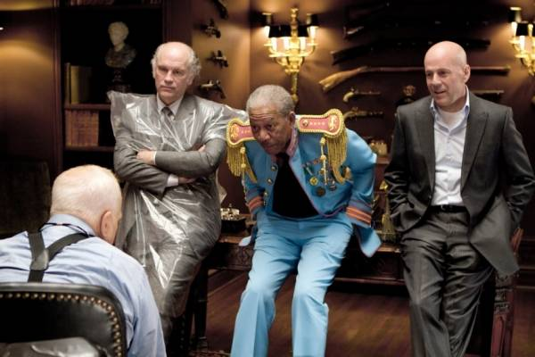 Morgan Freeman (Joe Matheson), John Malkovich (Marvin Boggs) en Bruce Willis (Frank Moses)