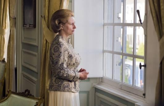 Carine Crutzen (Koningin Beatrix)
