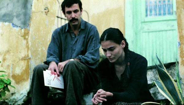 Saadet Aksoy (Ayla) en Nejat Isler (Yusuf)