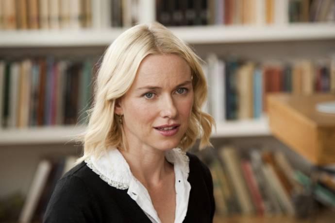 Naomi Watts (Sally)